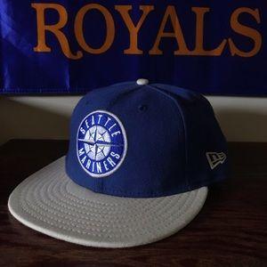 New Era Seattle Mariners 7 1/8 Blue/White Hat
